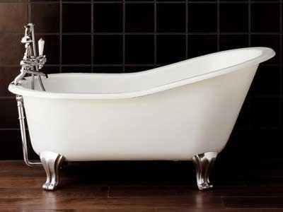 Установка ванны близкими руками.