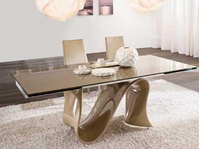 Стеклянная мебель в интерьере.